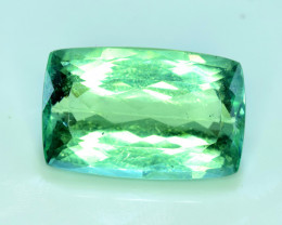 NR 23.55 cts Green Spodumene Gemstone