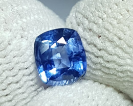 NO HEAT 0.95 CTS CERTIFIED NATURAL STUNNING BLUE SAPPHIRE SRI LANKA