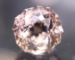 Morganite 2.70Ct Natural VVS Peach Pink Morganite / Pink Beryl AN01