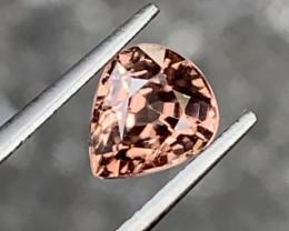 1.90 Carats Zircon Gemstones