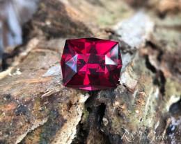 Umbalite Garnet - 9.60 carats
