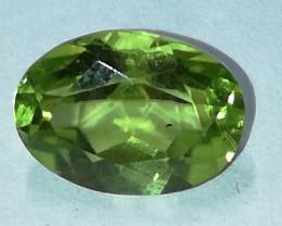 Peridot, 1.455ct, oval geschliffen, herrliche Farbe!