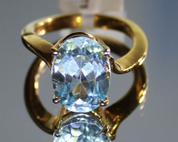Blue Topaz 8.65ct Solid 18K Yellow Gold Solitaire Ring
