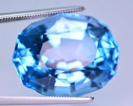 Stunning 33.80 Ct Natural Blue Topaz Gemstone