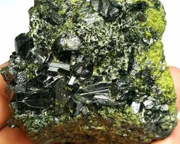 Amazing Natural color Damage free beautiful Diposite cluster specimen 835Ct