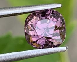 1.30 Carats Spinel Gemstones