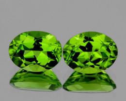 9x7 mm Oval 2 pcs 4.24cts Green Peridot [VVS]