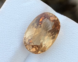8.80 Carats Topaz Gemstone