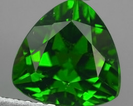 CERTIFIED 2.057 CTS NATURAL ULTRA RARE CHROME GREEN DIOPSIDE RUSSIA