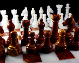 22610 CT Natural Onyx Carved Chess Board Shape