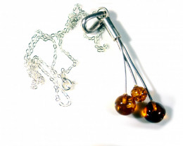 Cts. 40.0Silver Pendat with Amber  RF300