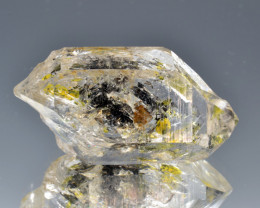 Rare Petroleum Quartz with Moving Bubble 34.30 Cts