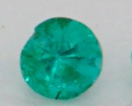 0.07 CT Round Cut Emerald 2.7 mm
