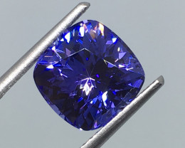 2.98 Carat VVS CERT. Tanzanite Spectacular Violet Purple and Custom Cut !
