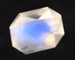 Moonstone 0.93Ct Icy Grade Rainbow Blue Flash Moonstone BN140