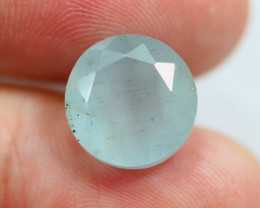 5.26cts Natural vivid Blue Colour Aquamarine / RD611
