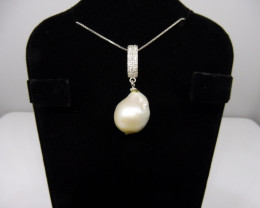 Beautiful Baroque Pearl Pendant With .925 Silver Chain- $1 No Reserve Aucti