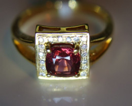 Mogok Red Spinel 2.15ct Natural Diamonds Solid 18K Yellow Gold Halo Ring Si