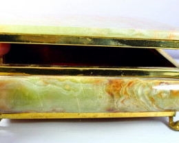 8400 CT Natural - Unheated Onyx Carved Jewelry Box Shape