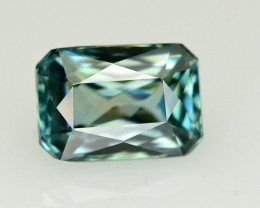 4.05 Ct Natural Beautiful color Zircon Gemstone