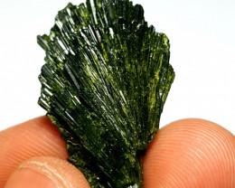 Amazing Damage free Flower tree shape Epidote crystal 28Cts-P