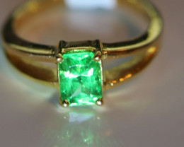 Tsavorite Garnet 1.28ct Solid 18K Yellow Gold Solitaire Ring           Size