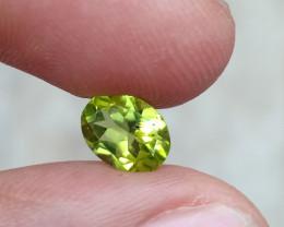 TOP QUALITY PERIDOT 100% Natural Untreated Gemstone VA774