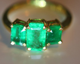 Emerald 2.68ct Solid 22K Yellow Gold Multistone Ring     Size 7