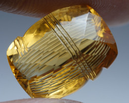 13.370CRT BEAUTY YELLOW CITRINE CARVING NAVAJO -