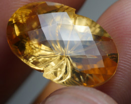 8.605CRT CEAUTY CUT CHECKERBOARD YELLOW CITRINE -