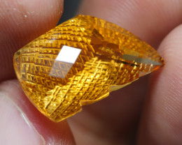 10.515CRT BEAUTY CHAKERBOARD CUT YELLOWCITRINE -