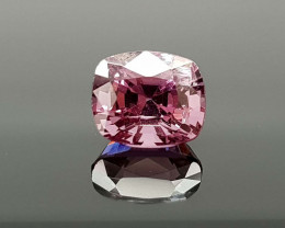 1.35CT NATURAL SPINEL BEST QUALITY GEMSTONE IIGC04