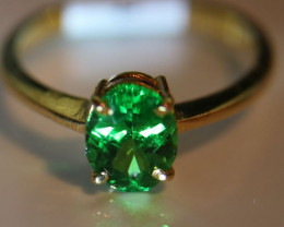 Tsavorite Garnet 1.60ct Solid 22K Yellow Gold Solitaire Ring    Size 7.25