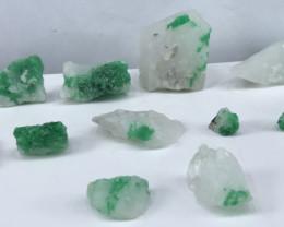 435 Carats Natural Emerald Specimen Parcel