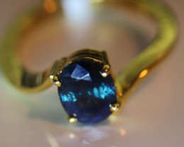 Blue Sapphire 2.25ct Solid 18K Yellow Gold Solitaire Ring    Size 8.0