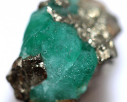 28.19 CTS COLUMBIAN EMERALD CRYSTAL SPECIMEN [MGW5569]