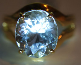 Aquamarine 5.60ct Solid 18K Yellow Gold Solitaire Ring    Size 7