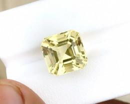 7.90 Ct Natural Yellowish Transparent Citrine Gemstone