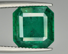 Certified ~ Top Color 4.77 ct Zambian Emerald