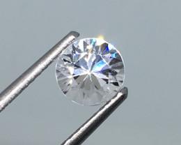 1.40 Carat VVS Zircon - Diamond White Color Exquisite Flash !