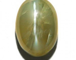 India Chrysoberyl Cat's Eye, 3.77 Carats, Light Olive Green Oval