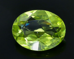 1.68 Crt Peridot Faceted Gemstone (Rk-20)
