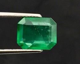 GFCO Certified  2.55 Carats  Natural Emerald Gemstone