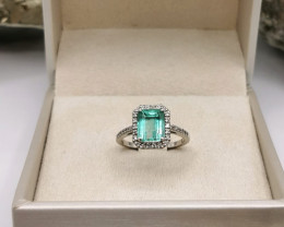 2,45ct Colombian Emerald 18k Solid Gold Ring with Diamonds ref. 42/76