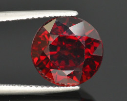 Gorgeous Color 7.80 Ct Almandine Red Garnet. RA