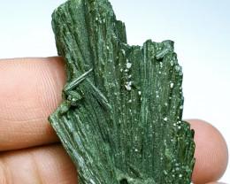 Amazing Damage free Flower tree shape Epidote crystal 125Cts-Pak