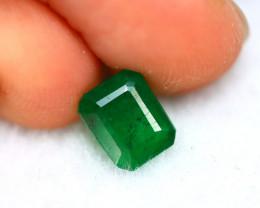 Emerald 1.37Ct Natural Colombia Green Emerald D3119/A37