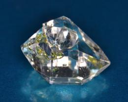 Rare Petroleum Quartz with Moving Bubble 3.90 Cts