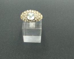 Aquamarine & Diamond. Gold Ring