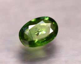 Sapphire 2.21Ct Natural Green Sapphire E0517/B16